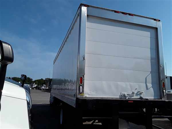 2013 Freightliner M2 106 4x2, Refrigerated Body #514810 - photo 1