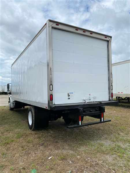 2015 Freightliner M2 106 4x2, Dry Freight #326381 - photo 1