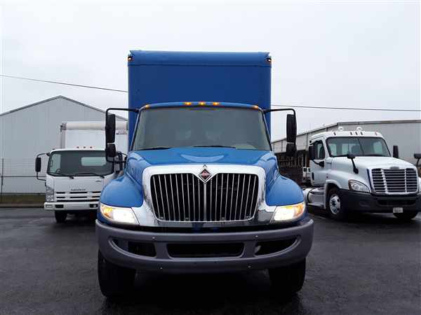 2013 International Truck 4x2, Cab Chassis #495673 - photo 1