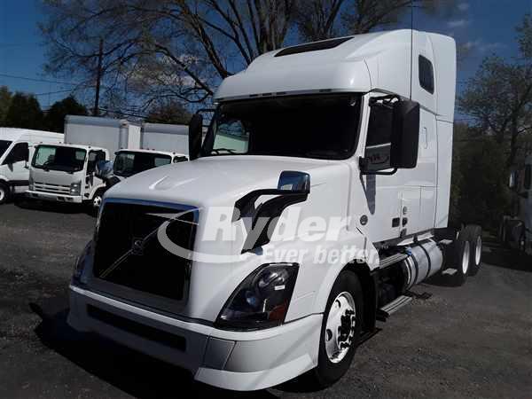 2013 Volvo VNL 6x4, Tractor #477551 - photo 1