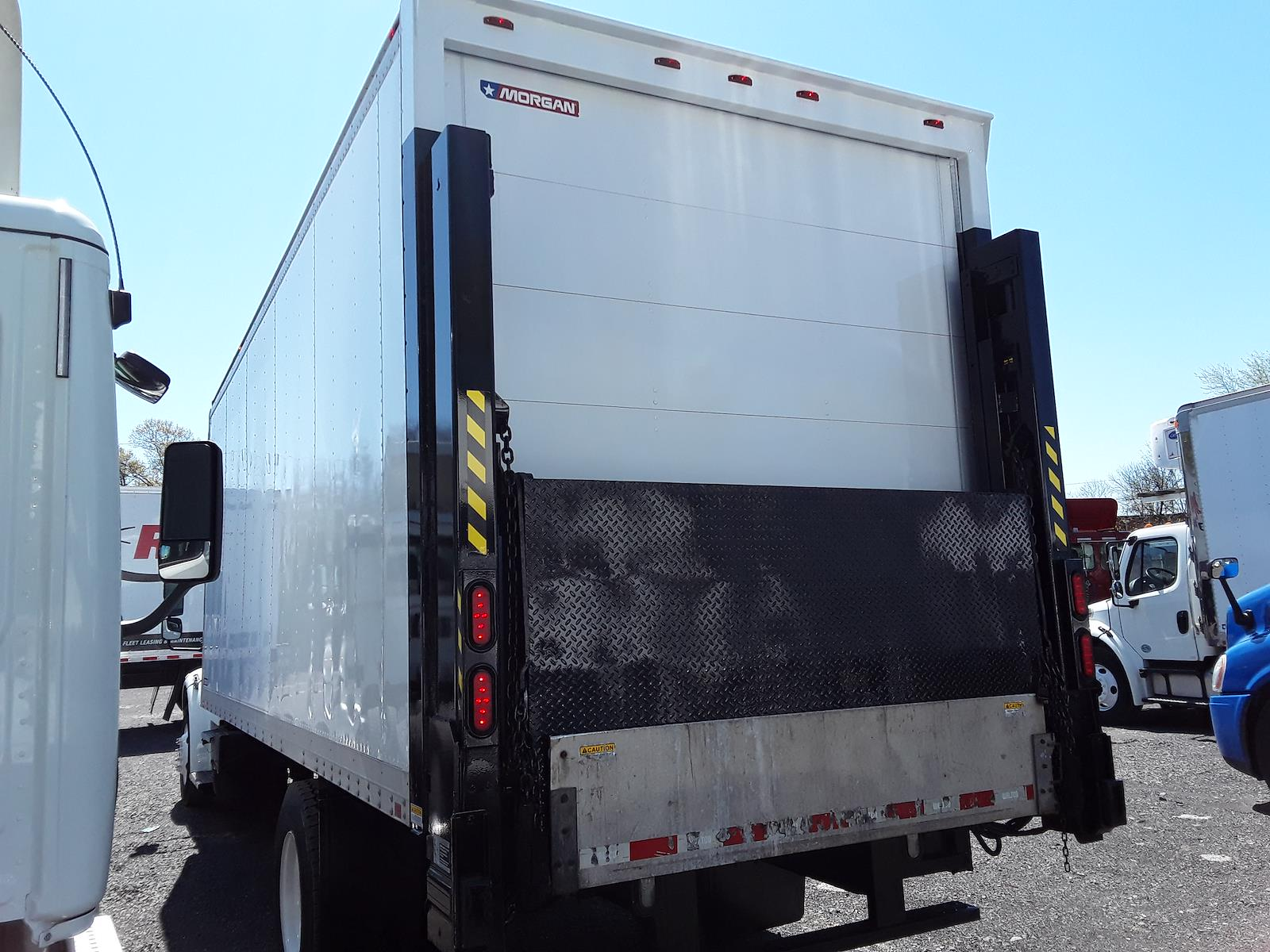 2013 Freightliner Truck 4x2, Dry Freight #497818 - photo 1