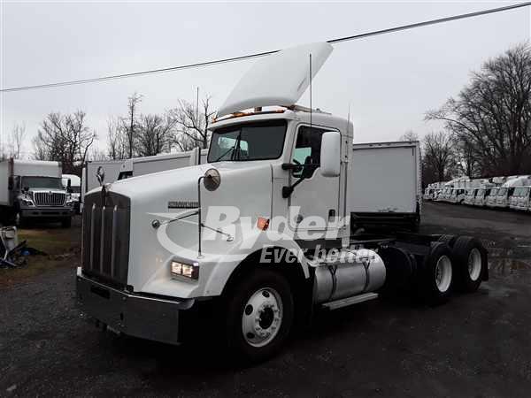 2013 Kenworth Truck 6x4, Tractor #499948 - photo 1
