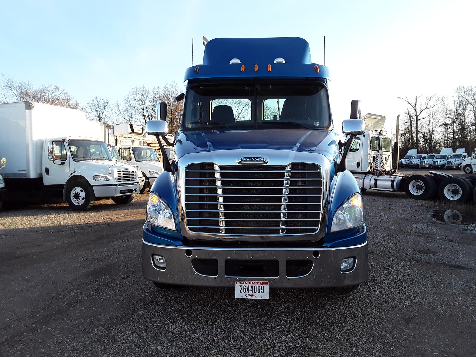 2014 Freightliner Truck 6x4, Tractor #527238 - photo 1