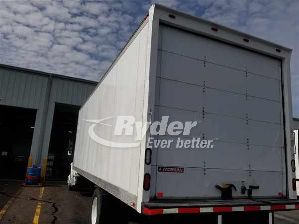2015 Freightliner M2 106 4x2, Dry Freight #567816 - photo 1