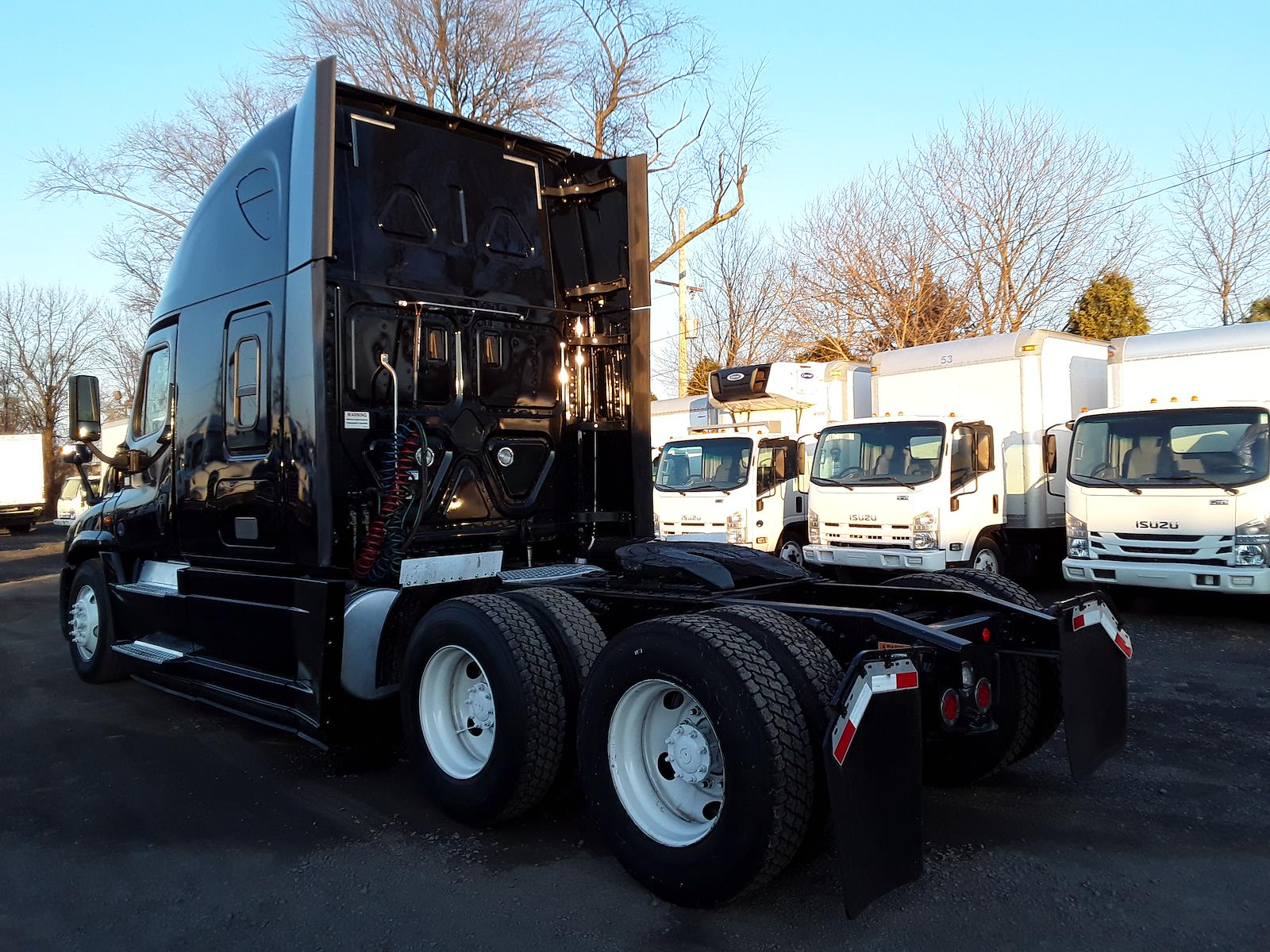 2018 Freightliner Cascadia 6x4, Tractor #682514 - photo 1