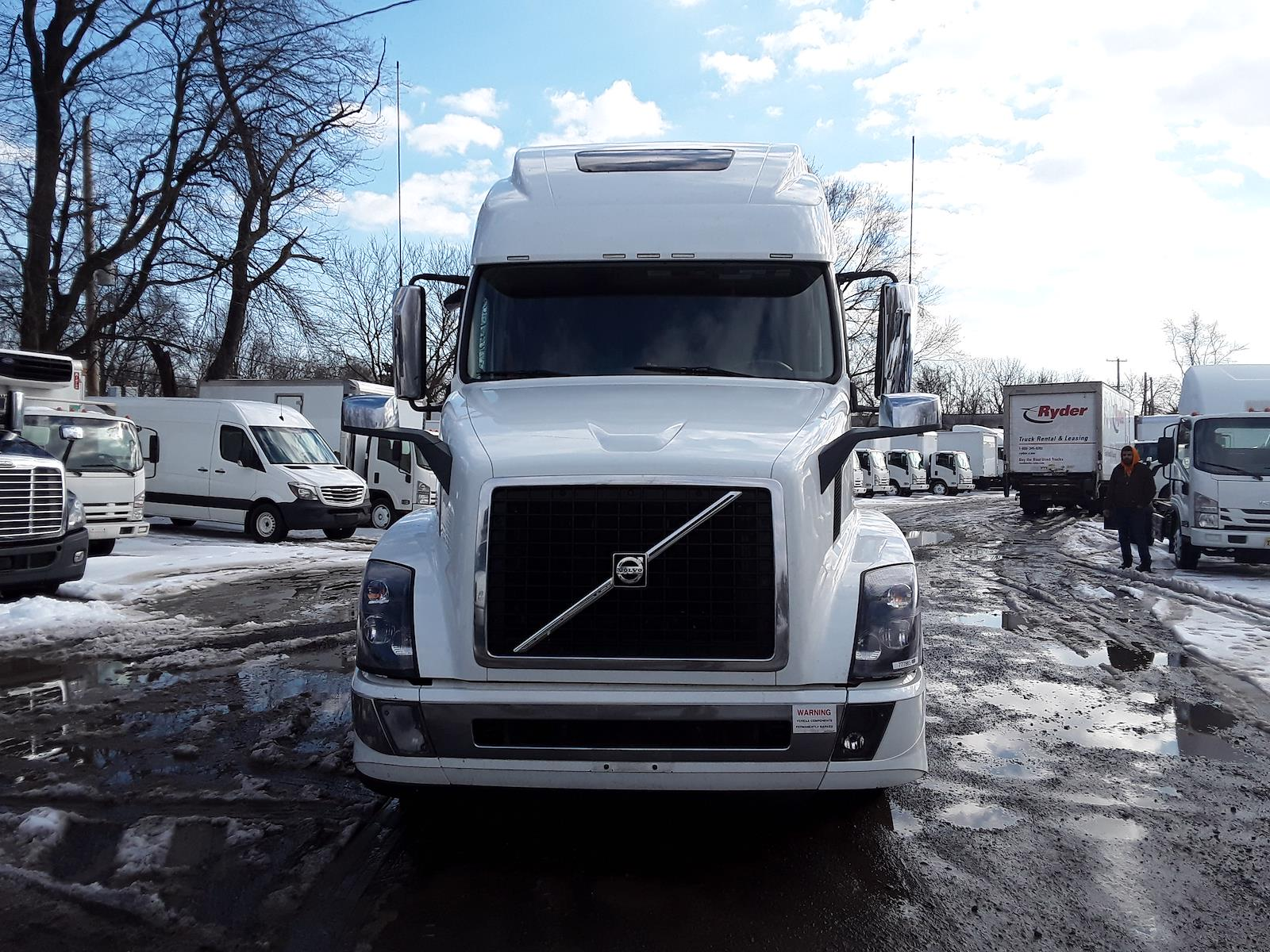 2018 Volvo VNL 6x4, Tractor #777865 - photo 1