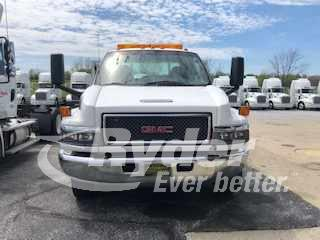 2004 GMC C5500 4x2, Cab Chassis #414705 - photo 1