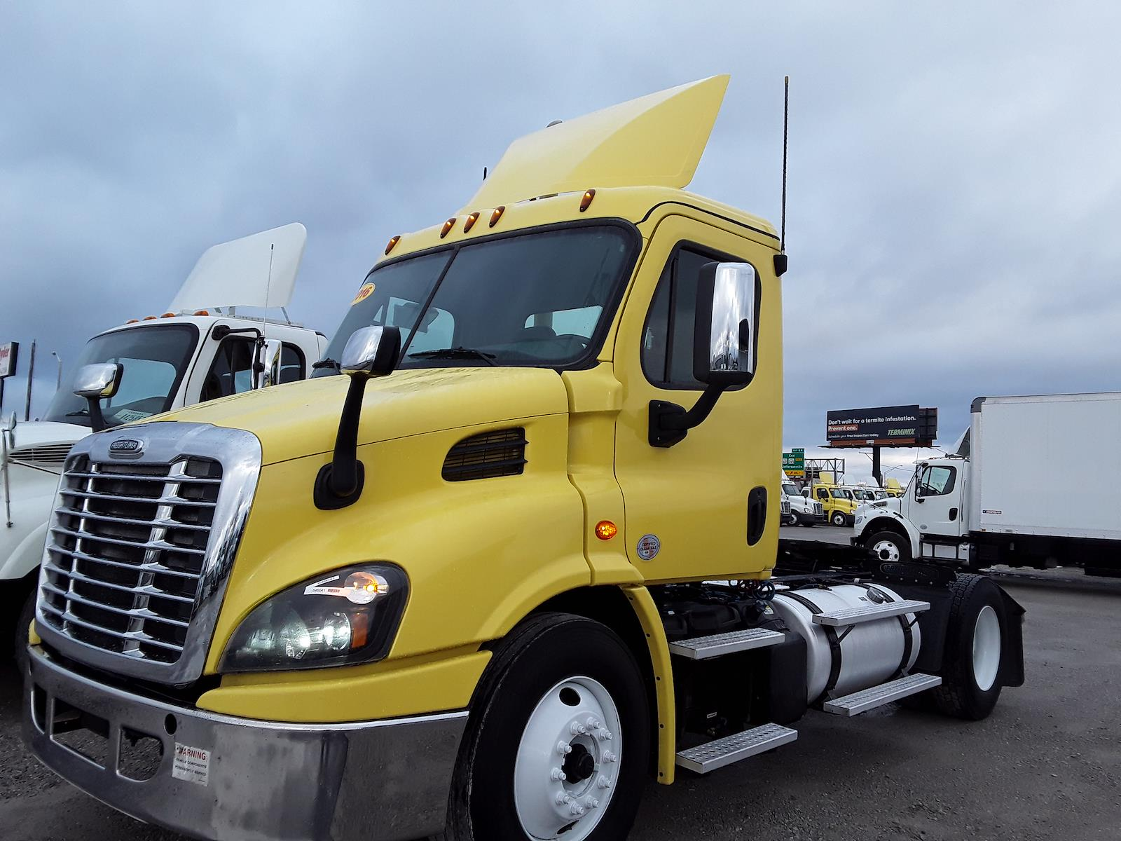 2016 Freightliner Cascadia 4x2, Tractor #646041 - photo 1