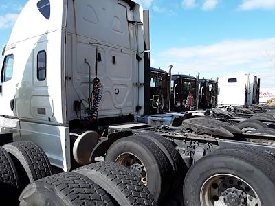 2018 Freightliner Cascadia 6x4, Tractor #222860 - photo 8