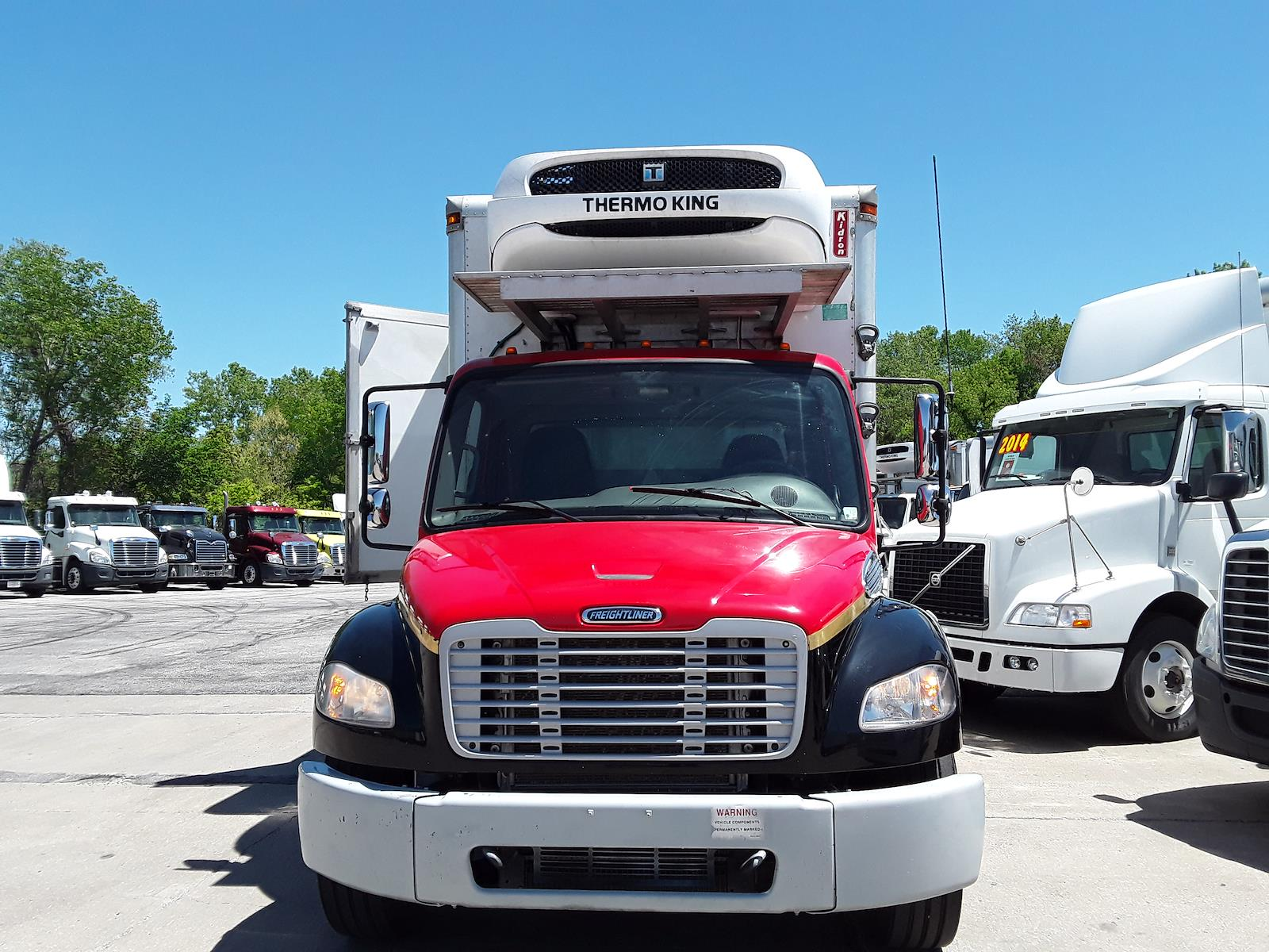 2015 Freightliner M2 106 4x2, Refrigerated Body #302116 - photo 4