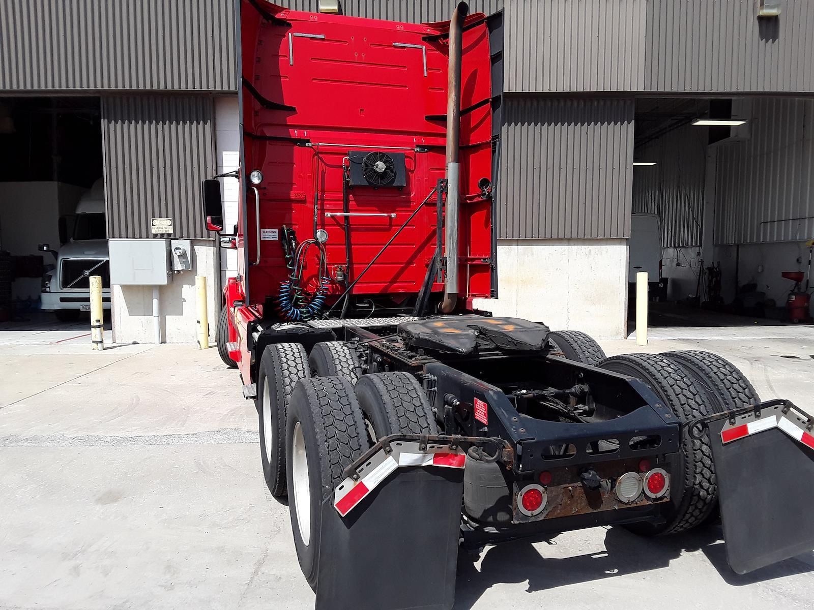 2015 Volvo VNL 6x4, Tractor #302450 - photo 1