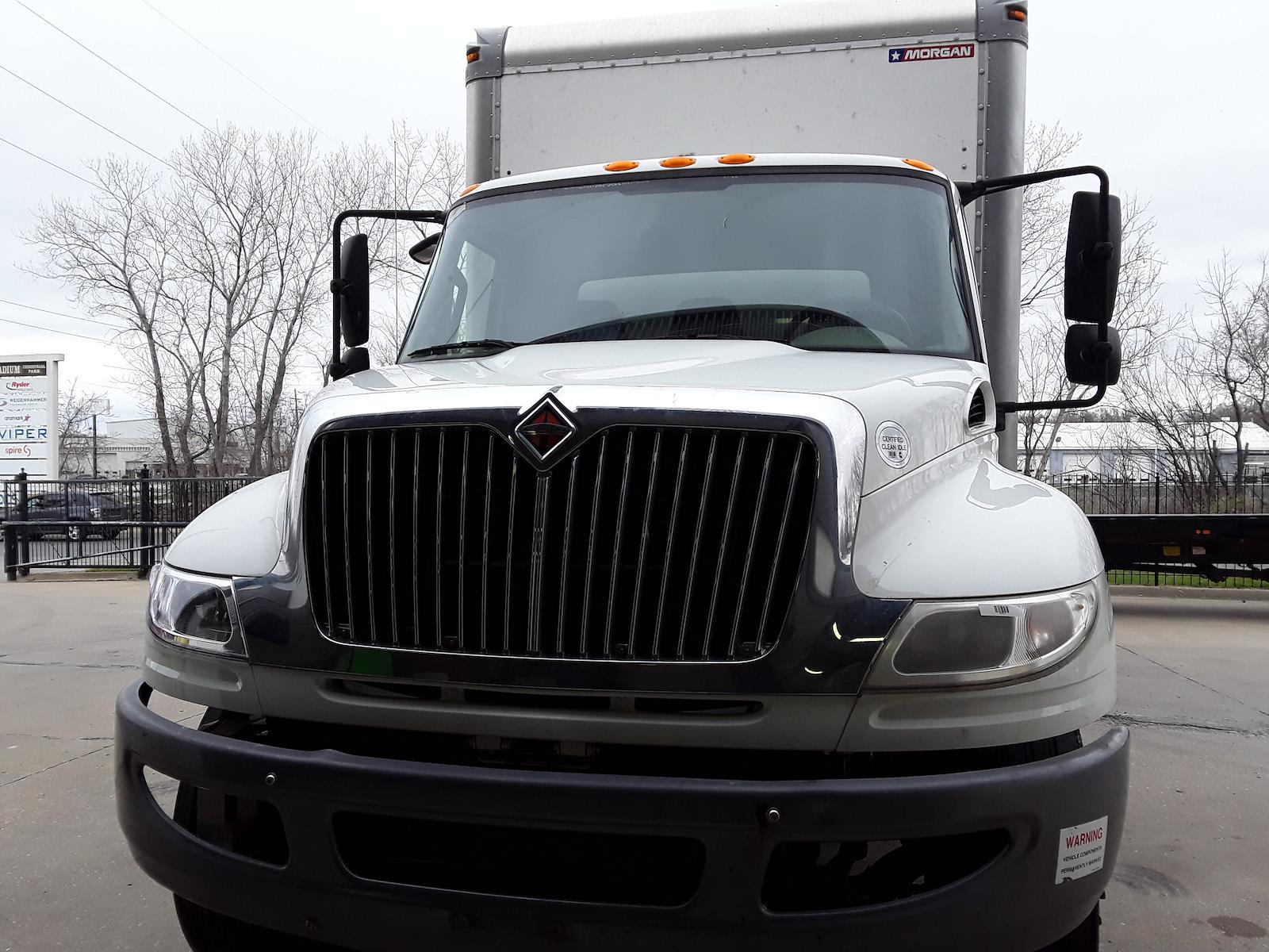 2015 International DuraStar 4300 4x2, Dry Freight #350451 - photo 4