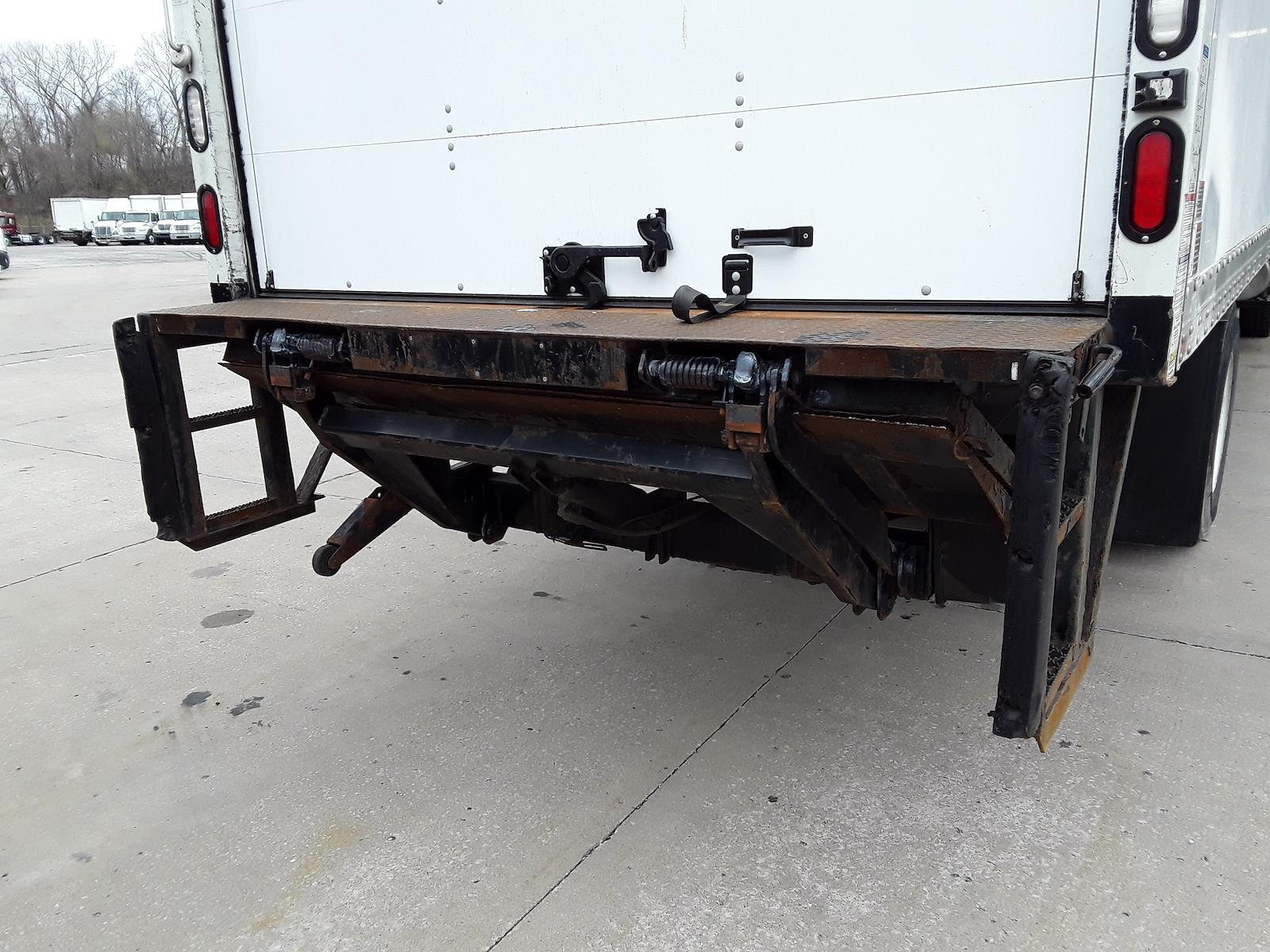 2015 International DuraStar 4300 4x2, Dry Freight #350451 - photo 5