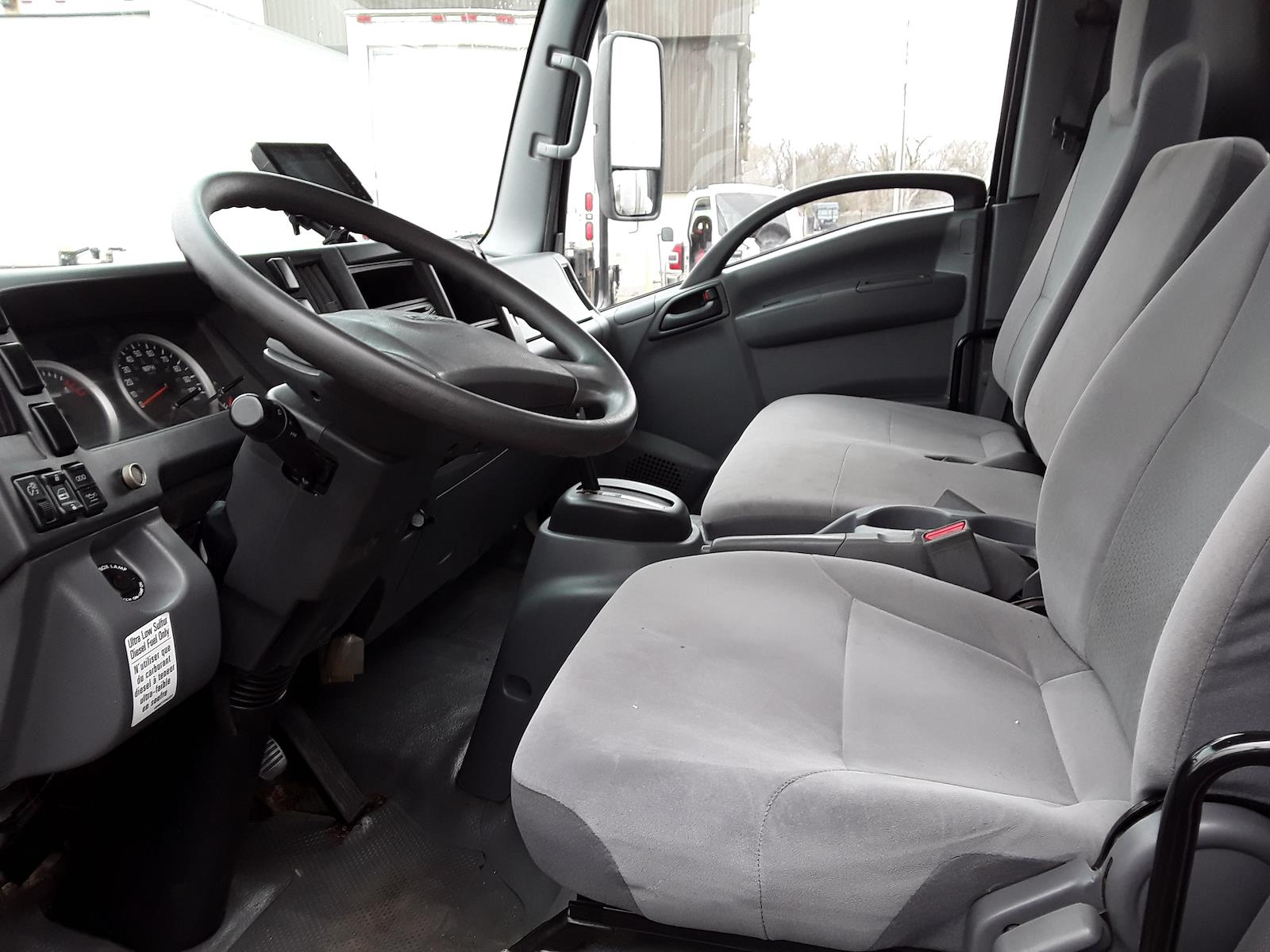 2016 Isuzu NPR Regular Cab 4x2, Dry Freight #683133 - photo 8