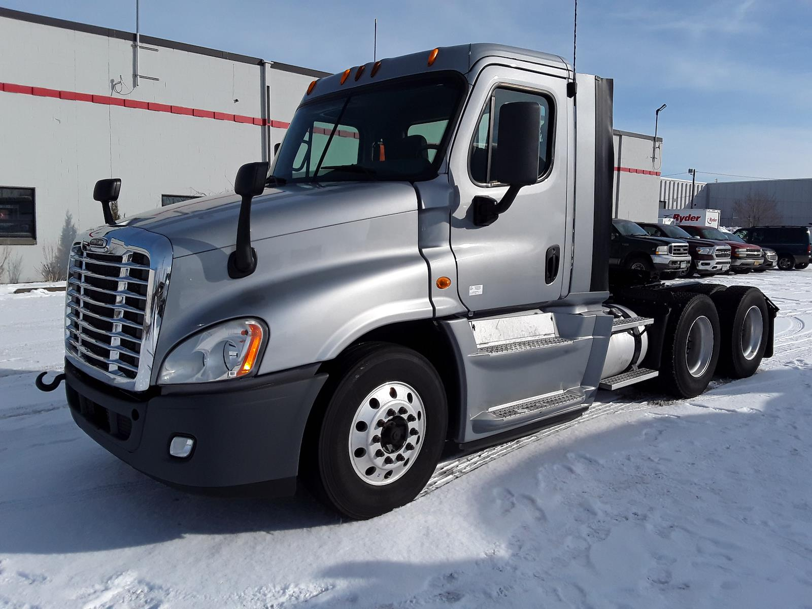 2014 Freightliner Cascadia 6x4, Tractor #536830 - photo 1