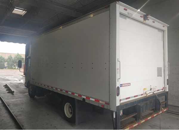 2016 Isuzu NPR Regular Cab 4x2, Dry Freight #667331 - photo 1