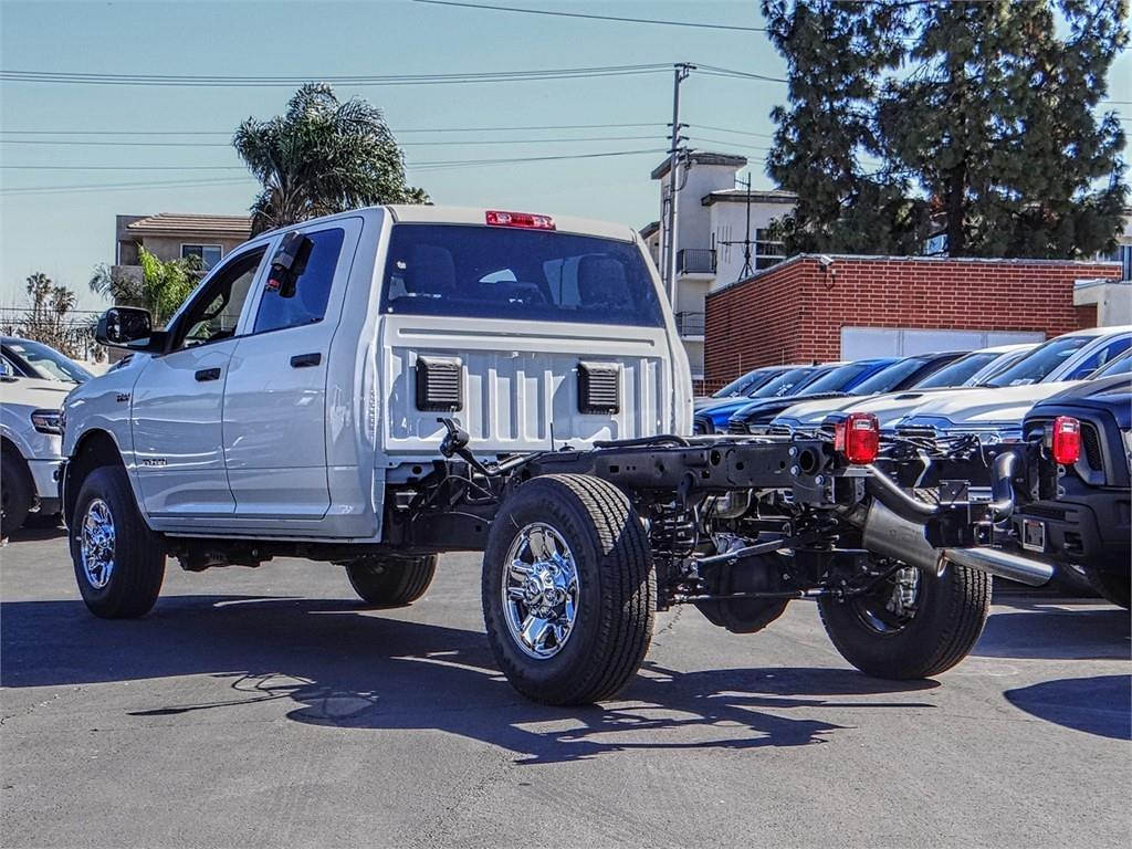 2021 Ram 2500 Crew Cab 4x4, Cab Chassis #RM210834 - photo 1