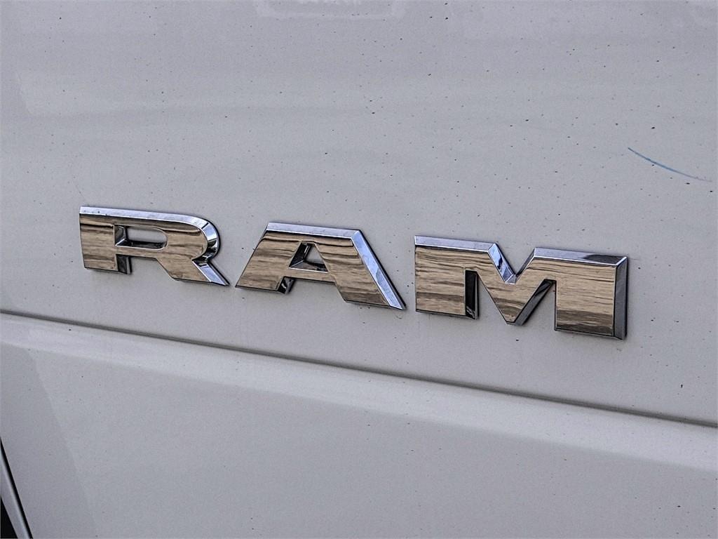 2021 Ram 5500 Crew Cab DRW 4x2, Scelzi SEC Combo Body #RM211272 - photo 17