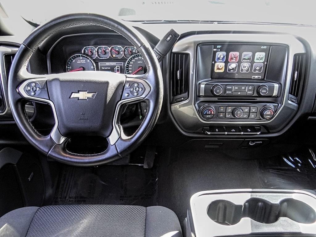2017 Chevrolet Silverado 1500 Crew Cab 4x4, Pickup #TU10032 - photo 5