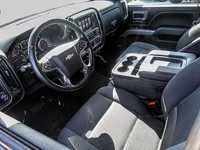 2017 Chevrolet Silverado 1500 Crew Cab 4x4, Pickup #TU10032 - photo 3