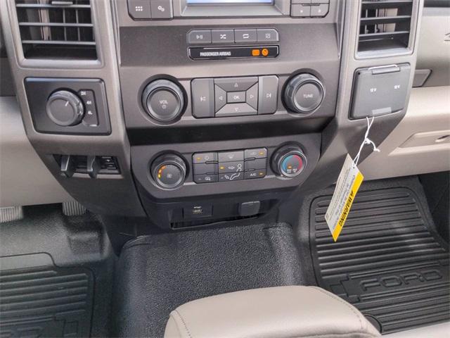 2020 Ford F-550 Regular Cab DRW 4x4, Reading Platform Body #FL13991 - photo 15