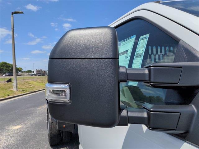 2020 Ford F-550 Regular Cab DRW 4x4, Reading Redi-Dek Platform Body #FL14165 - photo 11