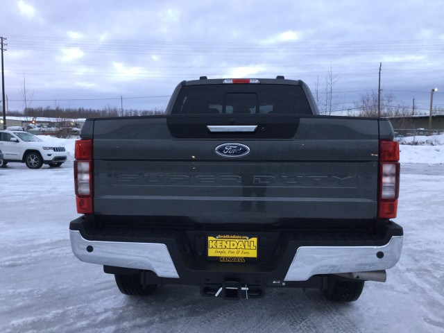 2020 Ford F-350 Crew Cab 4x4, Pickup #JEC1330 - photo 10