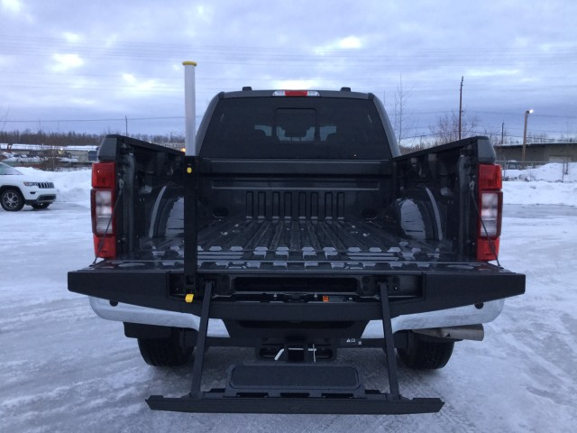 2020 Ford F-350 Crew Cab 4x4, Pickup #JEC1330 - photo 12