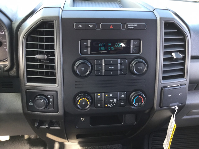 2019 Ford F-350 Crew Cab 4x4, Pickup #JF15169 - photo 17