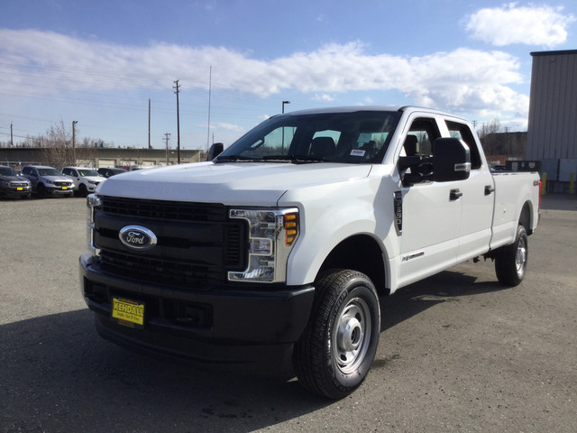 2019 Ford F-350 Crew Cab 4x4, Pickup #JF15169 - photo 4