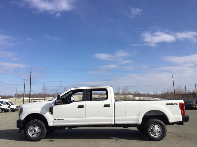 2019 Ford F-350 Crew Cab 4x4, Pickup #JF15169 - photo 8