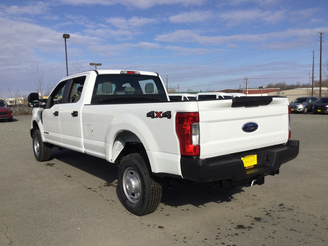 2019 Ford F-350 Crew Cab 4x4, Pickup #JF15169 - photo 2