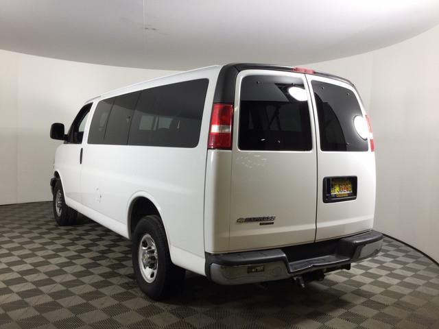2007 Chevrolet Express 3500 RWD, Passenger Wagon #JF15976A - photo 1