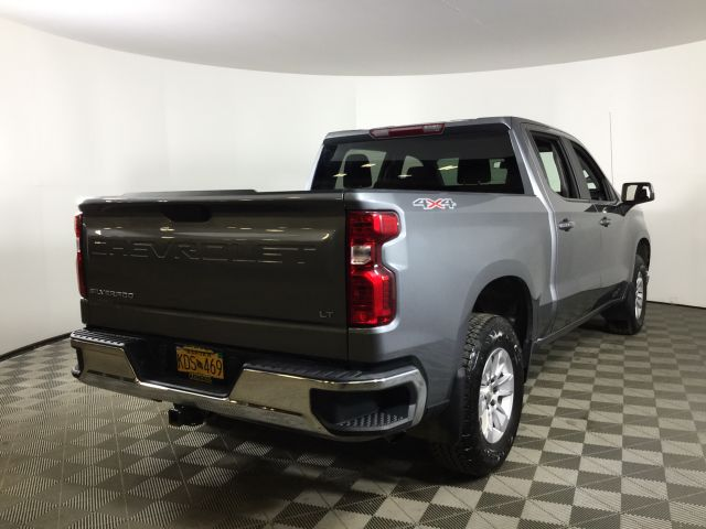 2019 Chevrolet Silverado 1500 Crew Cab 4x4, Pickup #JF16007A - photo 2