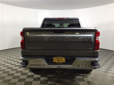 2019 Chevrolet Silverado 1500 Crew Cab 4x4, Pickup #JF16007A - photo 10