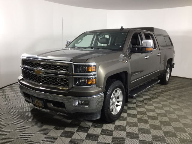 2015 Chevrolet Silverado 1500 Crew Cab 4x4, Pickup #JF16663A - photo 1