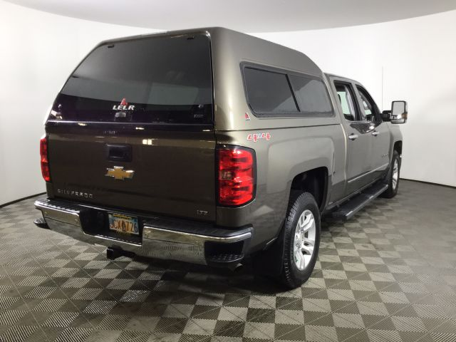 2015 Chevrolet Silverado 1500 Crew Cab 4x4, Pickup #JF16663A - photo 4