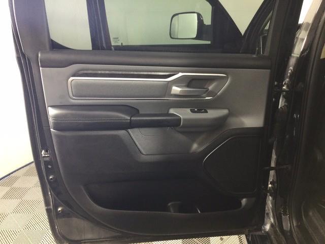 2019 Ram 1500 Crew Cab 4x4, Pickup #JF17406A - photo 10