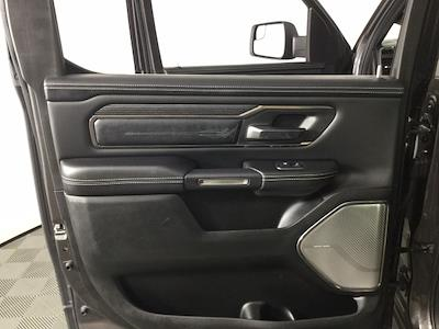2019 Ram 1500 Crew Cab 4x4, Pickup #JF17562A - photo 10