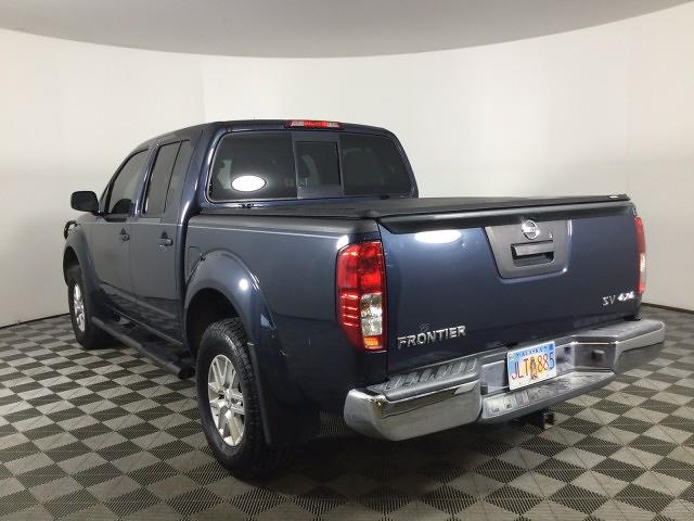 2017 Nissan Frontier Crew Cab 4x4, Pickup #JF17964A - photo 2