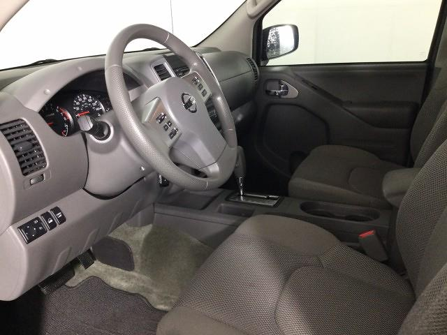 2017 Nissan Frontier Crew Cab 4x4, Pickup #JF17964A - photo 9