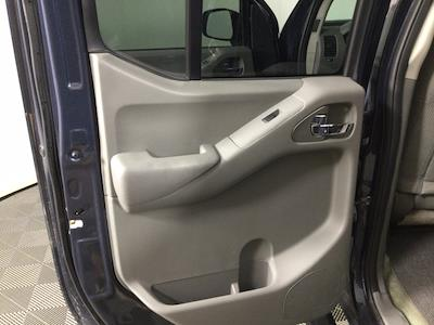 2017 Nissan Frontier Crew Cab 4x4, Pickup #JF17964A - photo 10