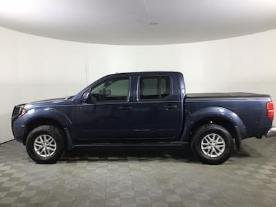2017 Nissan Frontier Crew Cab 4x4, Pickup #JF17964A - photo 4