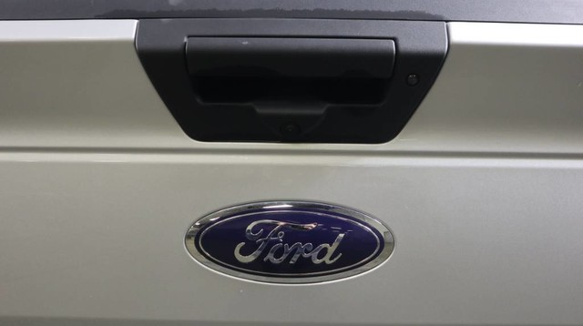 2019 Ford F-150 SuperCrew Cab 4x4, Pickup #JRRF1031 - photo 11