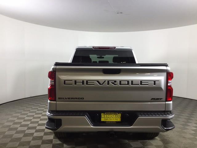 2020 Chevrolet Silverado 1500 Crew Cab 4x4, Pickup #JTC1785A - photo 5