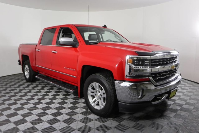 2017 Silverado 1500 Crew Cab 4x4, Pickup #JU2729 - photo 1