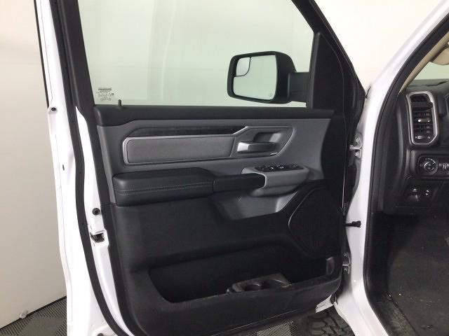 2019 Ram 1500 Crew Cab 4x4,  Pickup #JU4032 - photo 8