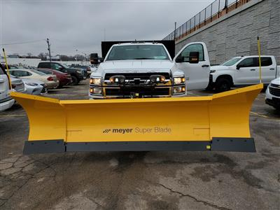 2019 Chevrolet Silverado Medium Duty Regular Cab DRW 4x4, Landscape dump w/ Snow plow and salt spreader #191025 - photo 9