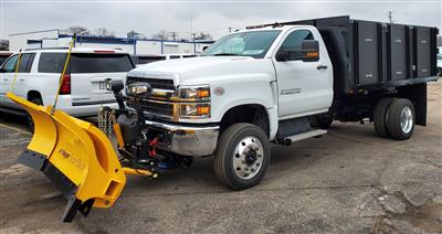 2019 Chevrolet Silverado Medium Duty Regular Cab DRW 4x4, Landscape dump w/ Snow plow and salt spreader #191025 - photo 1