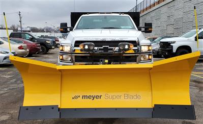 2019 Chevrolet Silverado Medium Duty Regular Cab DRW 4x4, Landscape dump w/ Snow plow and salt spreader #191025 - photo 2